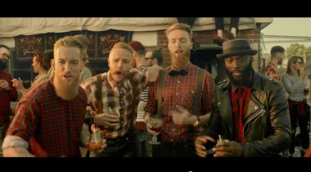Vodafone Thuis – Hipster Grill (TV Commercial)